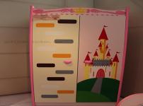 儿童衣柜的相关图片