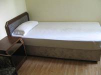 单人床的相关图片