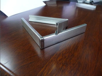 铝合金家具的相关图片