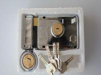 门锁安装图片