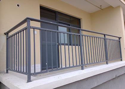 阳台护栏验收