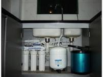 家用净水机的图片