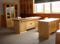 樟子松家具图片