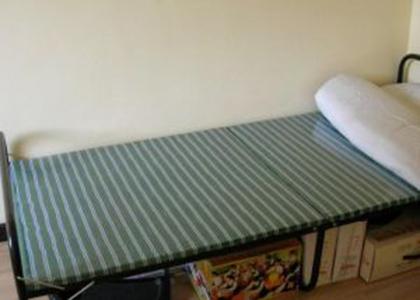 蝶依斓折叠床