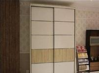 瑞时整体衣柜的图片