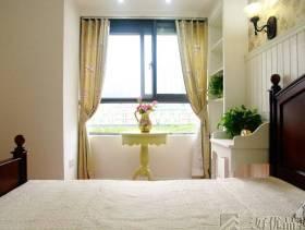 2013田园风格卧室装修图