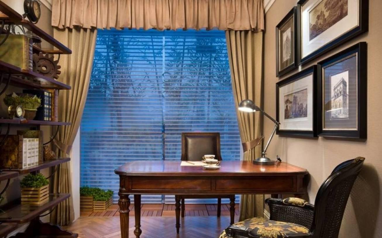 欧式风格书房窗帘装修效果图-欧式风格书桌图片