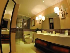 138㎡三居室简欧风格卫生间背景墙装修图片-简欧风格壁灯图片