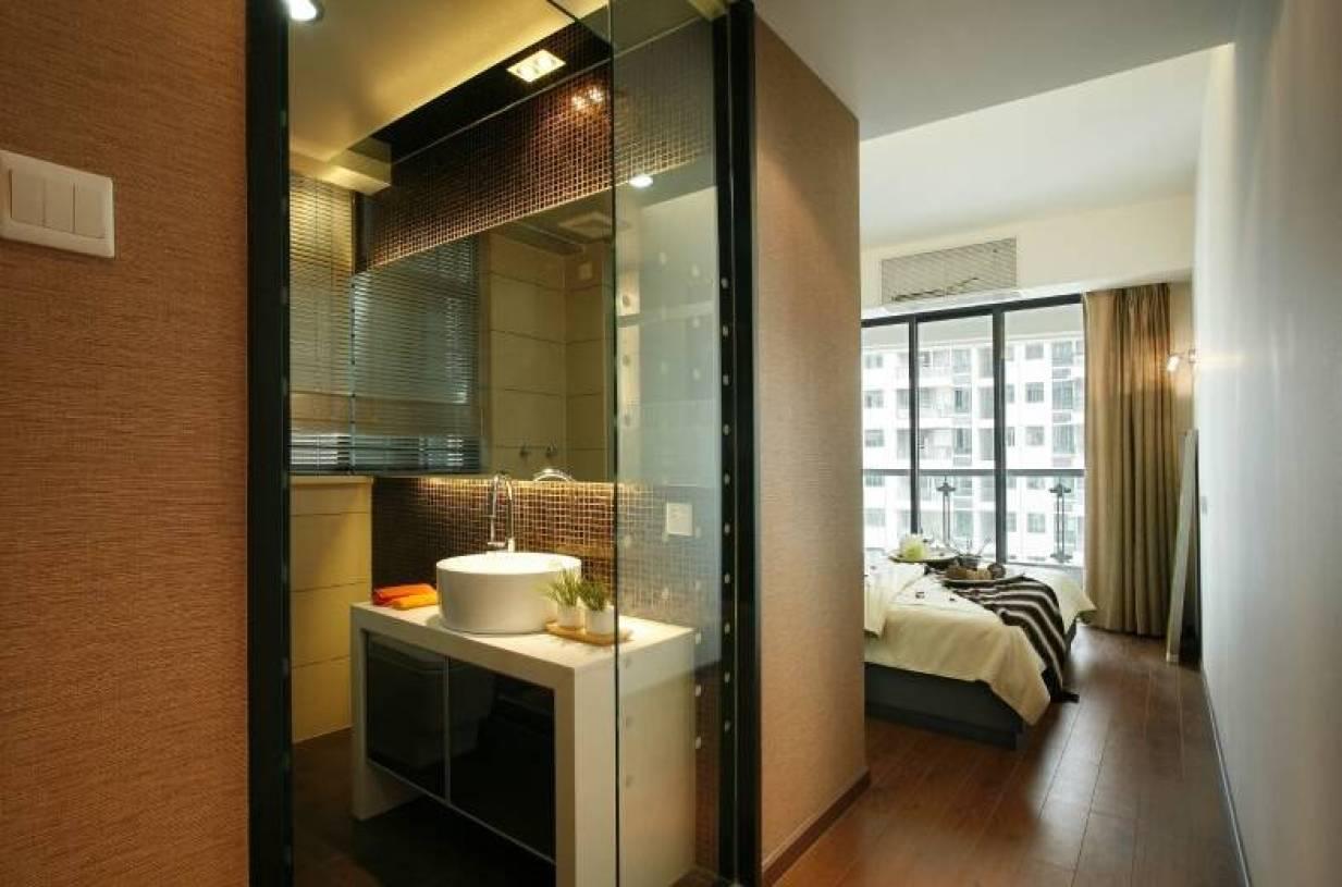 现代简约风格卧室与卫生间隔断装修图片-现代简约风格