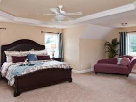 美式风格主卧室背景墙装修效果图-美式风格床图片