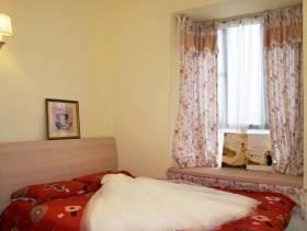 110㎡三居地中海风格卧室装饰画装修效果图-地中海风格壁灯图片