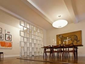 简约风格家庭餐厅隔断装修效果图-简约风格吊灯图片