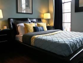 现代简约风格卧室背景墙装修图片-现代简约风格双人床图片