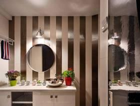 现代简约风格卫生间装修效果图-现代简约风格化妆镜图片