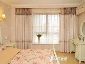 田园风格三居室卧室窗帘装修图片,田园风格梳妆台图片