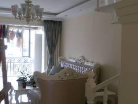 120㎡复式楼欧式风格客厅背景墙装修图片-欧式风格沙发图片