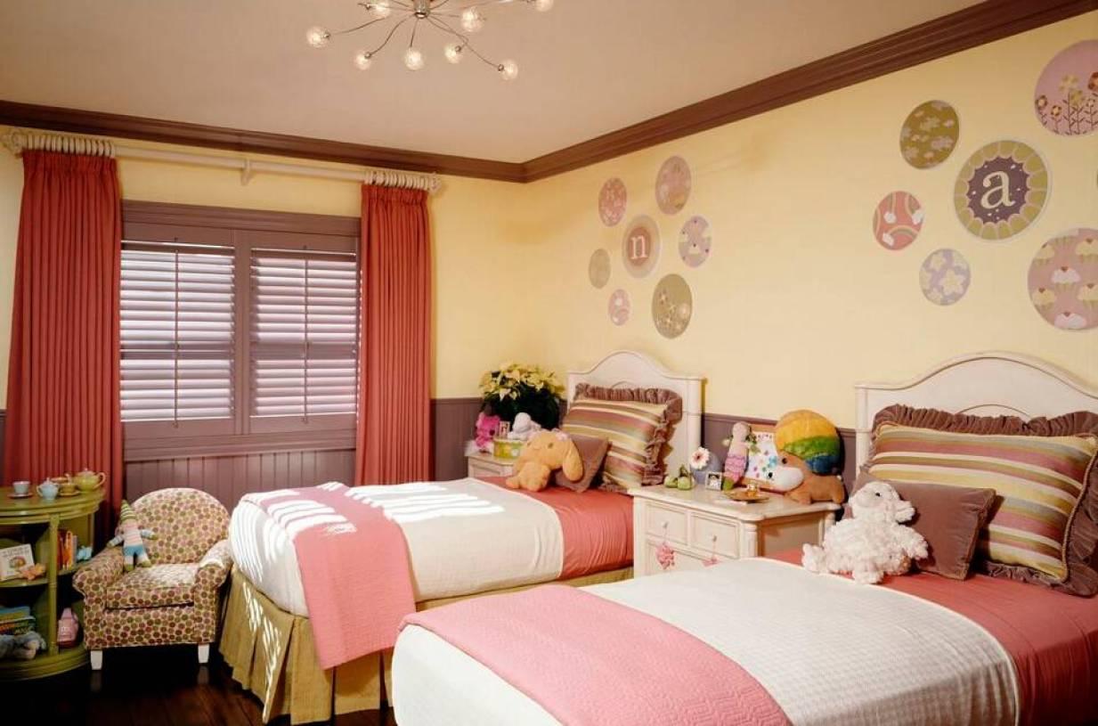 温馨可爱的女生卧室布置-兔狗装修效果图