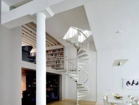 北欧风格复式楼梯装修设计图片
