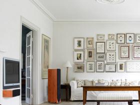 简约风格小户型客厅沙发背景墙装修效果图-简约风格沙发图片
