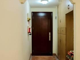 130平米地中海风格大户型三居室进门过道图片
