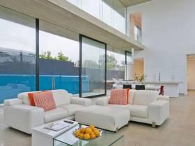 简约风格loft公寓客厅玻璃隔断墙装修效果图-简约风格脚踏图片