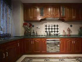 美式厨房一体橱柜效果图
