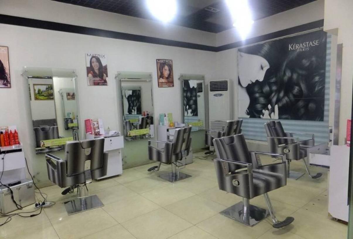 现代风格小型美发店装修图片图片