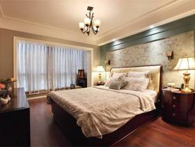 卧室碎花背景墙纸装修图片