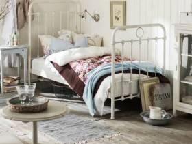 小卧室的乡村小姿态