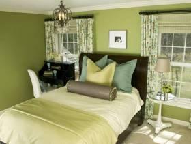 30㎡小户型清新风格卧室背景墙装修效果图-清新风格实木床图片