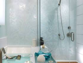 淋浴房卫生间玻璃隔断设计效果图