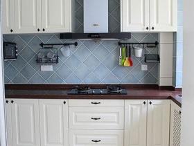 105m²三居室田园风格厨房装修图片-田园风格橱柜图片