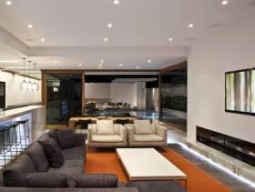 简约风格客厅玻璃隔断墙装修效果图-简约风格布艺沙发图片