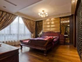 美式风格主卧室背景墙装修效果图-美式风格实木床图片