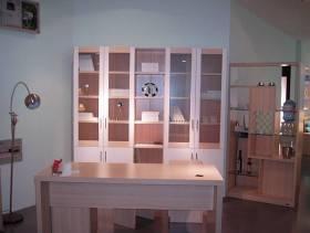 现代风格三居室书房装修效果图-现代风格书桌书柜图片