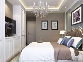 三居卧室侧面整体装修效果图