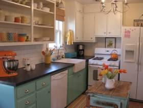 田园风格三居室阳台厨房装修效果图