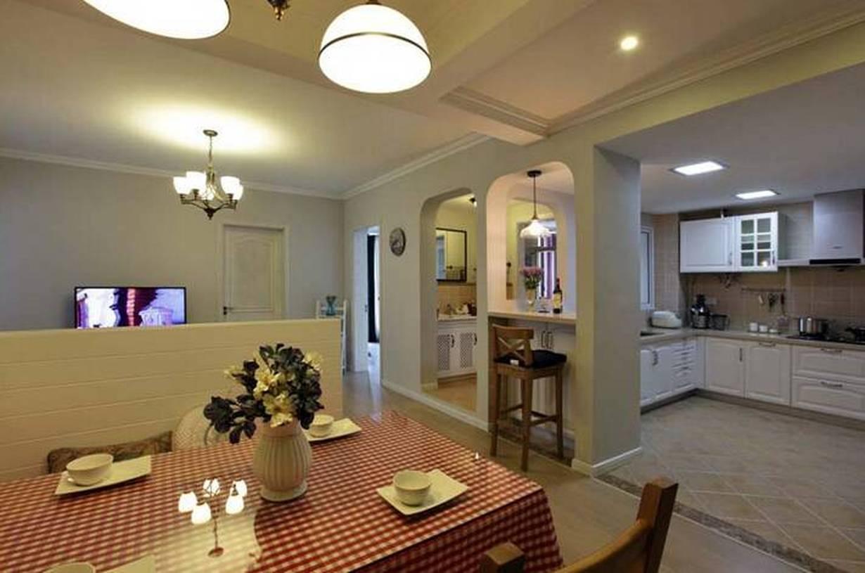 地中海风格小户型公寓餐厅装修图片-地中海风格餐桌餐椅图片