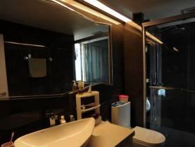 现代简约风格卫生间装修图片-现代简约风格卫生间洗脸盆图片