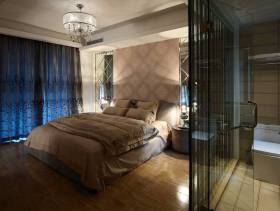 大空间卧室玻璃墙隔断装修图片