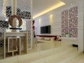 欧式风格三居室客厅玄关装修效果图