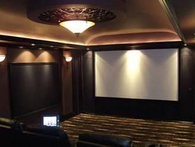 100㎡三居室现代风格家庭影院吊顶装修图片-现代风格灯具图片