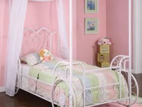 女生卧室浪漫粉色背景墙设计