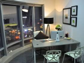现代风格小户型经理办公室办公家具效果图