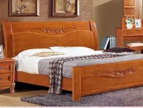 90㎡三居室欧式风格卧室装修效果图-欧式风格实木床图片
