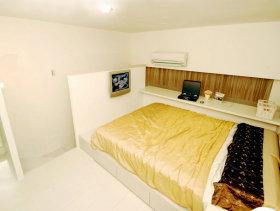 16平方米现代挑高一居客厅装修效果图