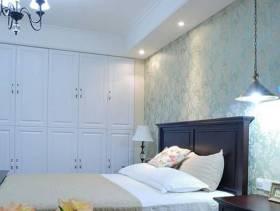 简约风格卧室床头背景墙装修图片-简约风格实木家具衣柜图片