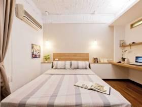 简约风格小卧室装修图片-简约风格双人床图片