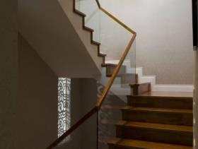 复式楼过道楼梯专修图片