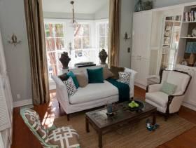 简欧风格小户型小客厅窗帘装修效果图-简欧风格沙发图片